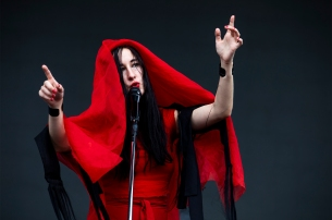 Zola Jesus - Photo by Morgan Winston